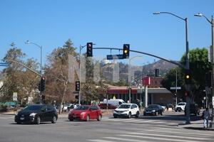 ハリウッド近く 山の上にはグリフィス天文台