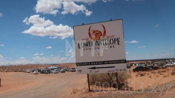 Dixie Ellis' Lower Antelope Canyon Tours看板
