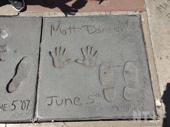 マットデイモンの手形・足形