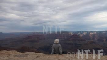グランドキャニオンを眺める